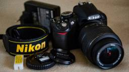 Nikon D3100 com menos de 3 mil clicks. Incomparável