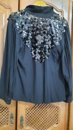 Título do anúncio: Blusa preta marca Manotropo com lantejoulas tamanho G