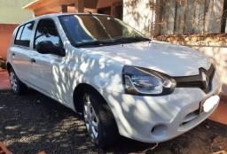 Renault Clio 2014/2015 - Único Dono