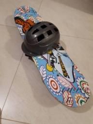 Skate e capacete