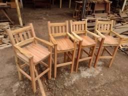 Título do anúncio: Banquetas altas com encosto madeira maciça para área de churrasco