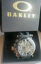Relógio Okley Titanium