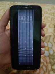 Título do anúncio: Celular Moto G6 Play 32 Gigas com a tela trincada