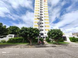 Título do anúncio: LR\\ Edf Castelo de Ravena/apartamento  com 2 qrts/ móveis planejados/ Campo Grande