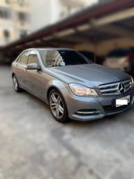Título do anúncio: Mercedes C180 CGI 2012 aut. - troco/financio