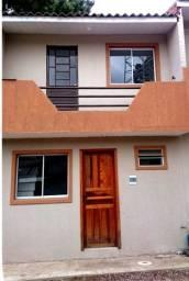 Sobradinho/ casa 1 e 2 qts,, caixa dágua, internet, estacionamento, em Colombo no Paloma