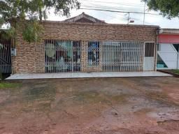 CENTRO DE SANTANA - 2 APARTAMENTOS E 2 PONTOS COMERCIAIS.
