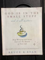 Livro god is in the small stuff
