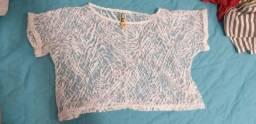 Blusa cropped transparente, com estampa branca
