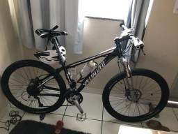 Bicicleta Specialized stumperjumper