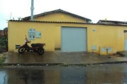 Casa de 3 quartos - Setor Garavelo - Aparecida de Goiânia-GO - 3251-6120