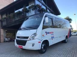 Micro-ônibus Iveco Neobus Cityclass