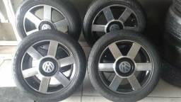 Um jogo de roda ARO 15 pneu 195 50 15 ,tenho pneu ARO 17 perfil 50 ALISONO *