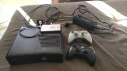 Xbox 360 desbloqueado com HD externo /vendo ou troco em celular