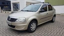 Renault Logan 1.0 Flex (abaixo da fipe) - 2013