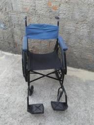 Cadeira de Rodas Simples!