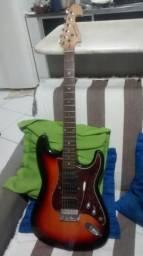 Vendo guitarra memphis stratocaster