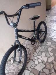 Bike Top Caloi Expert Aro 20 BMX aço carbono freios V-brake Pneus novos.Oferta