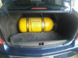 Carro Cobalt 1.4  2014/2015 com kit gás legalizado