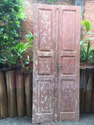 Raridade: linda porta de cabreúva (demolição) já lixada. Em ótimo estado