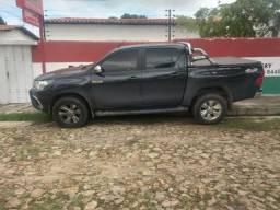 Toyota hilux 2017 145 mil - 2017