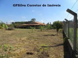 Chácara 2.027 m2 água encanada, lúz, casa ampla, Oportunidade Ref. 445 Silva Corretor