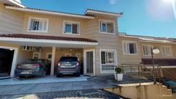 Ampla casa de 3 dormitórios no bairro Nonoai - Cód. 677