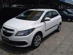 Ônix LT 1.4 Branco 35.800