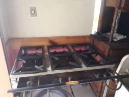 Ponto e equipamentos para restaurante