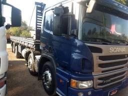Scania p 310 bitruk 8x2 ano 2014 automático