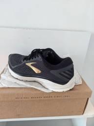 Dois calçados