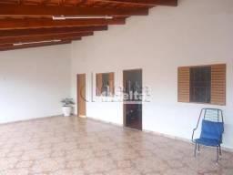 Casa com 4 dormitórios à venda, 180 m² por R$ 400.000,00 - Planalto - Uberlândia/MG