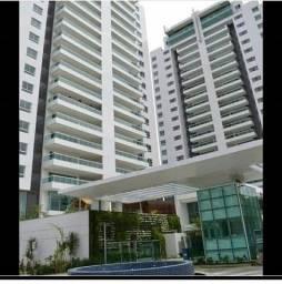 Excelente apartamento no condomínio Atmosphere na Av. Recife.