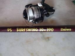 Molinete Daiwa Sportline ST 5000X + Vara Daiwa Surfswing 30 - 3,9 MTS - Usados