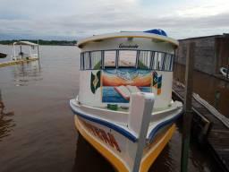 Barco tipo lancha