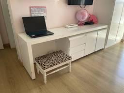 Rack escrivaninha infantil com armarinho móvel embaixo