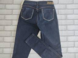 Título do anúncio: calças jeans femininas entrego