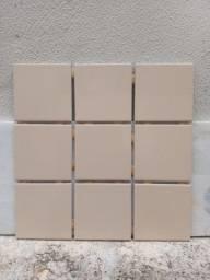 Título do anúncio: Piso Cerâmico Portobello 10x10 Brilhante Bold Classe A