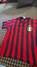 Título do anúncio: Camisa Milan Retrô
