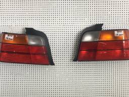 Título do anúncio: lanterna BMW 318 coupé