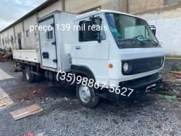 Título do anúncio: Caminhão 8160 ano 12/12 com cabine auxiliar 10 passageiros e carroceria de metal