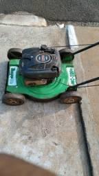 Vendo máquina de cortar grama a gasolina filé só trabalhar