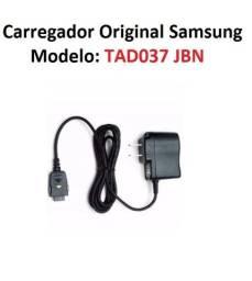 Título do anúncio: Carregador Aparelho Samsung Original Modelo Tad037 Jbn Bivolt 5,0v 700ma Impecável!