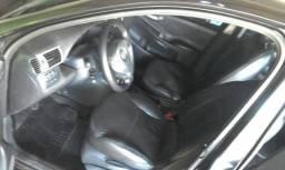 Vendo Fiat e estilo ou troco em trator e pago a diferença - 2005