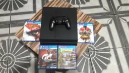 Vendo/Troco Play 4 Fat com 4 jogos e controle ac Switch!!!!