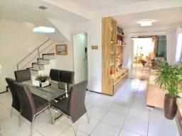Casa duplex em condomínio com 3 quartos, 140m construído na Lagoa Redonda