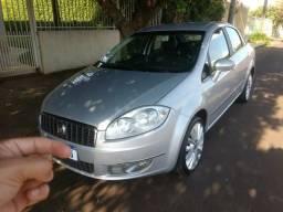 Fiat Linea essence 1.8 2012 - 2012