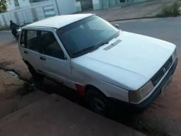 Carro Fiat uno ano 2000. * - 2000