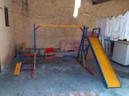 Vendo parque infantil 900