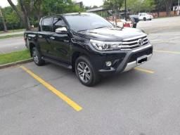 Toyota Hilux 2.8 Tdi Srx Cab. Dupla 4x4 Aut. 4p - 2017